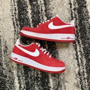 Nike   Air Force 1 - University Red